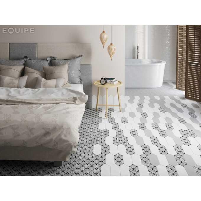 heksagonalne płytki do sypialni